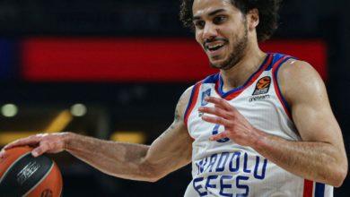 Anadolu Efes, Valencia Basket maçına 90 'lı yılların nostaljisiyle