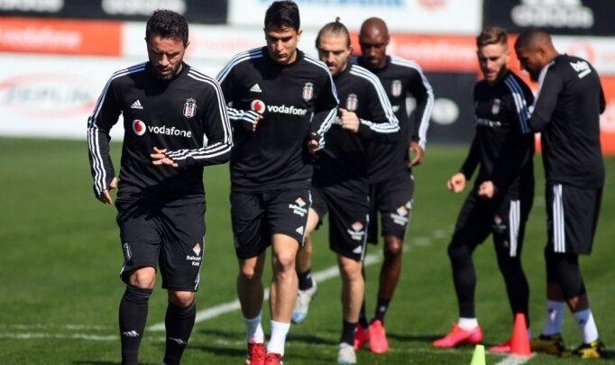 Beşiktaş'a Caner Erkin müjdesi