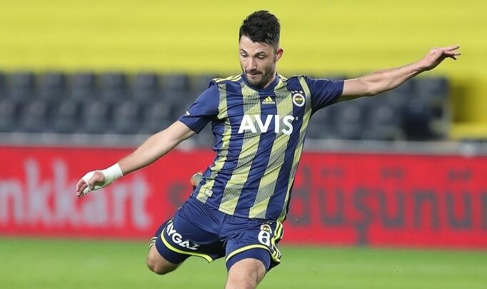 Fenerbahçe'den Tolgay'a; 'Kendine kulüp bul'