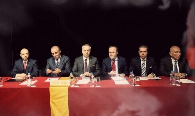Galatasaray'da 'geçici' başkan Yusuf Günay