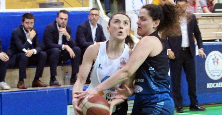 İzmit Belediyespor-Samsun Canik Belediyespor maç sonucu: 83-54