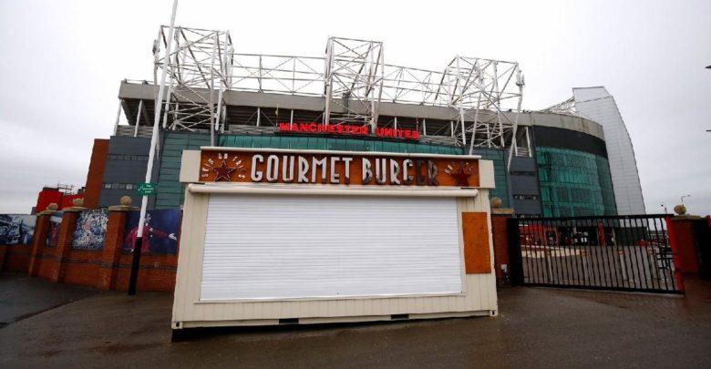 Manchester United 'dan çalışanlarına 'corona ' jesti!