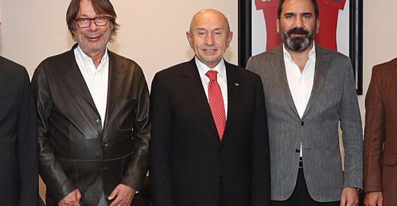 """""""Süper Lig için üç program metni var"""""""
