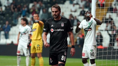Beşiktaş`tan Caner Erkin`e son teklif! Pazarlık bile yok