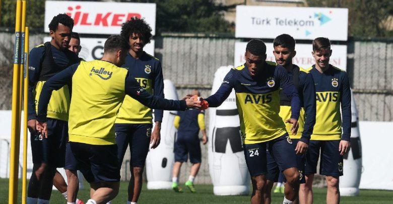 Fenerbahçe sahaya iniyor! İşte program…
