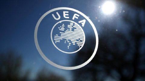 UEFA`dan sezonu akıbeti üzerine flaş kararlar! Beklenen açıklama yapıldı