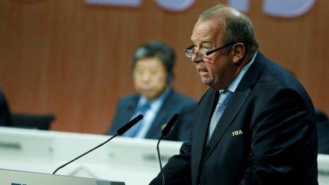 FIFA`dan uyarı: Eylül ayına kadar futbol oynanmamalı