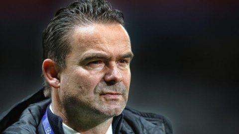 Marc Overmars: UEFA ve KNVB`yi, bir hafta önceki Donald Trump`a benzetiyorum`