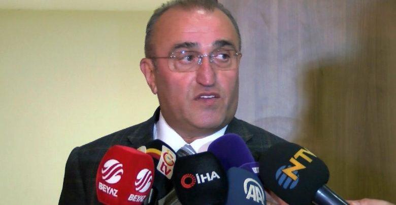 Abdurrahim Albayrak, Mustafa Cengiz 'in ameliyatı hakkında data verdi