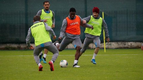 Trabzonspor takım halinde çalışmalara başladı